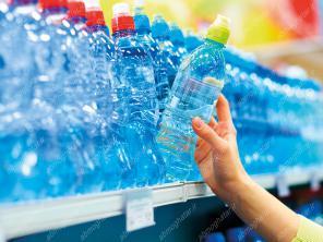 فروشنده آب مقطر